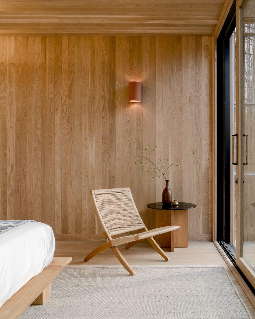 Piaule cabin interior with Carl Hansen Cuba Chair