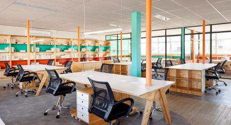 A Publishing House in Brazil Uses Color to Split the Office