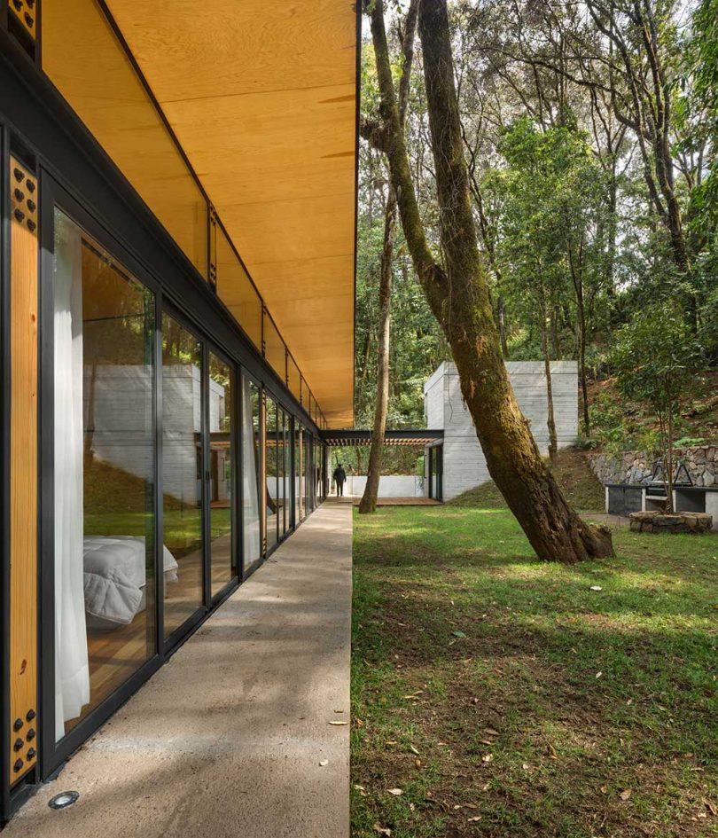 Vista general del exterior de una casa moderna