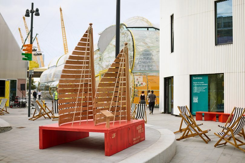 Designposts Pay Tribute to London's Neighborhoods + American Red Oak