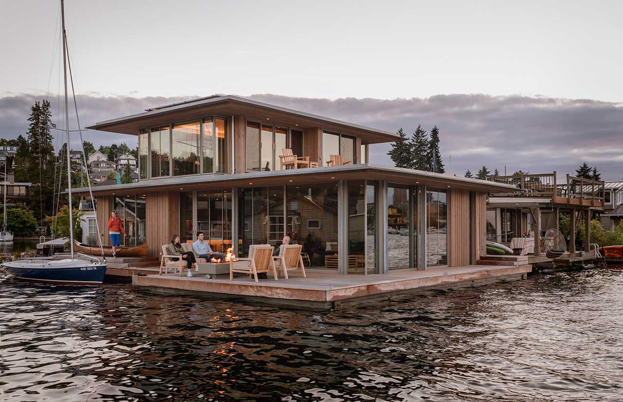 A Modern Cabin in Washington Is a Floating Oasis on the Water