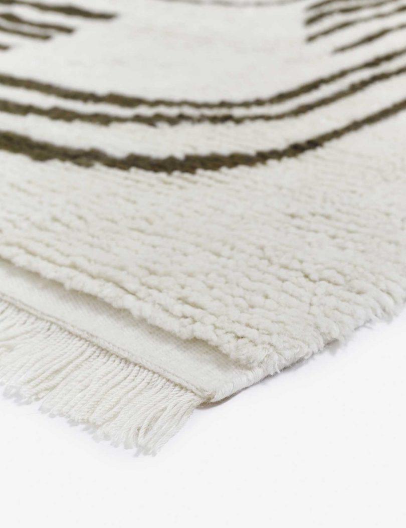 rug closeup of corner