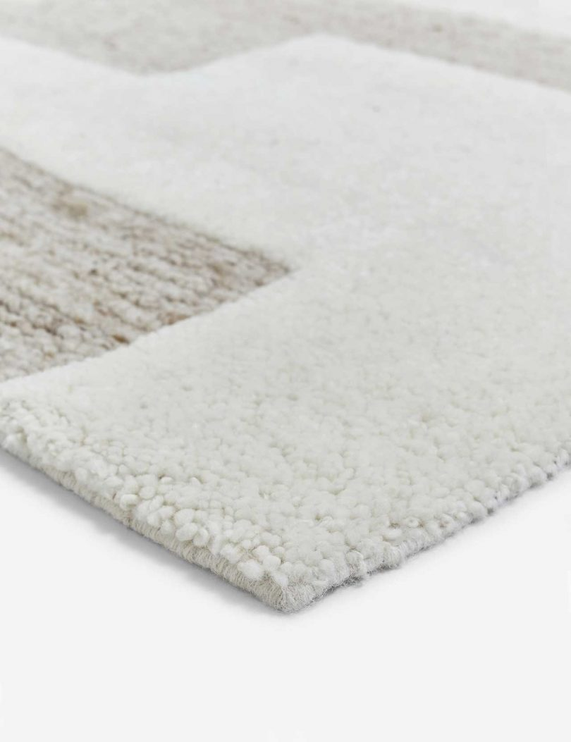 closeup of modern rug with neutral colors