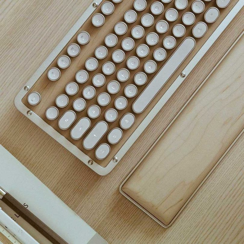 angle shot of retro keyboard in maple wood