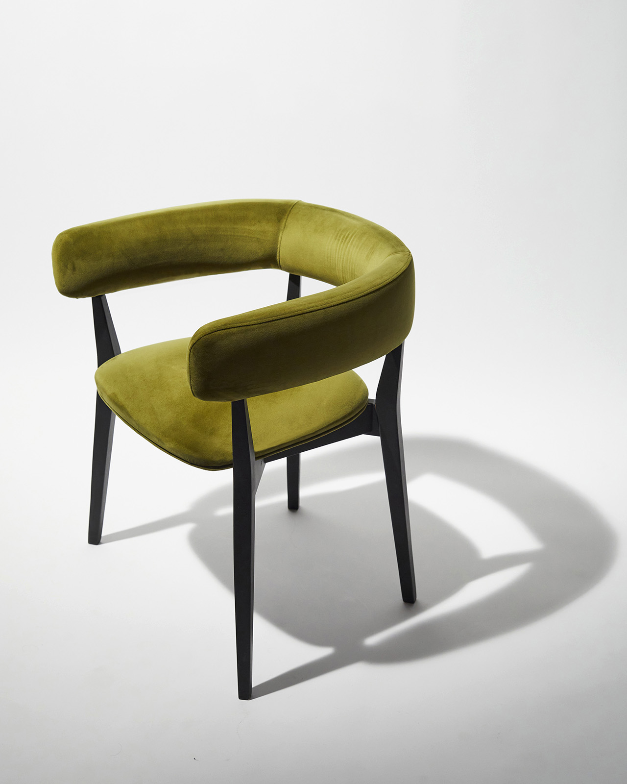 olive green dining chair with spindly legs