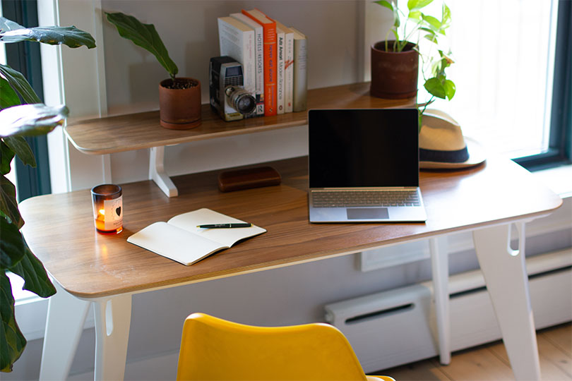 hoek home office desk in a work from home set up