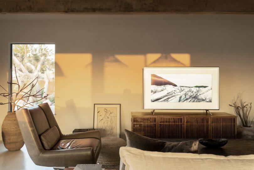 desert vacation house living room