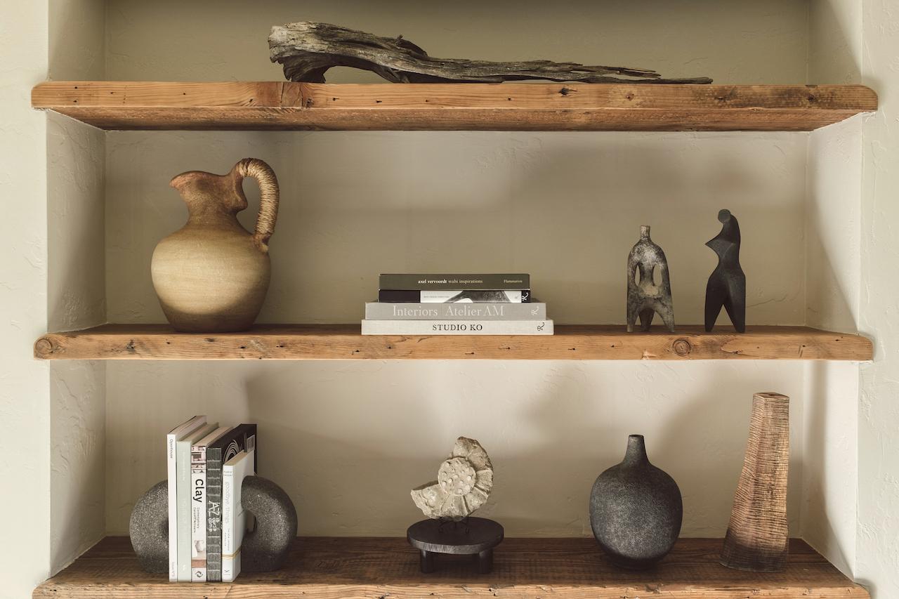 desert vacation house shelf styling