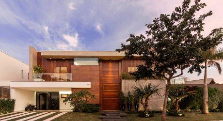 Casa Prime: A Modern Beach House Designed for Ease + Leisure