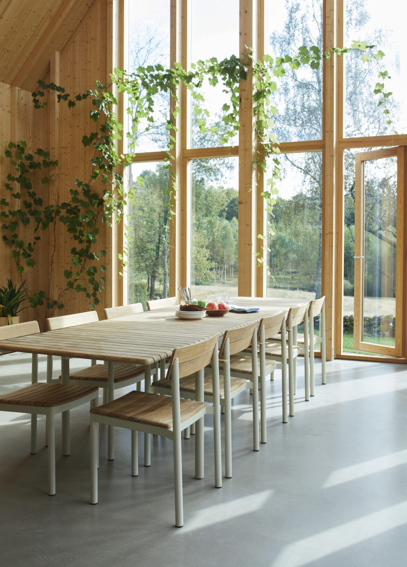 indoor dining table and chairs
